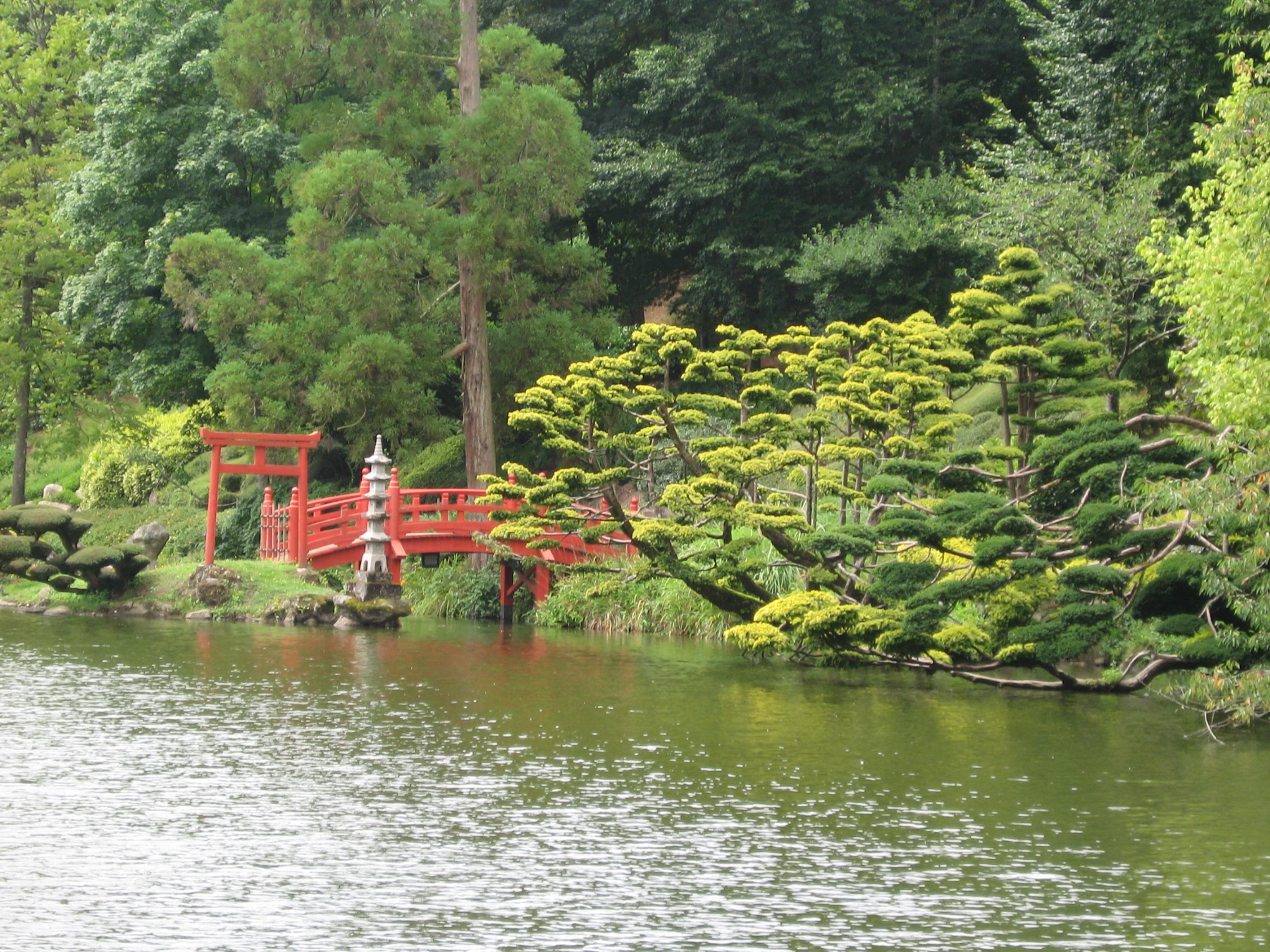 Le top 5 jardins non remarquables - Mobilier jardin oriental saint denis ...